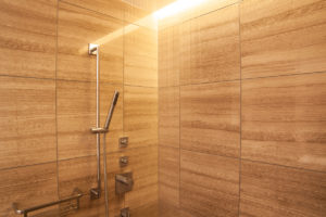 a10_002_bathroom_6
